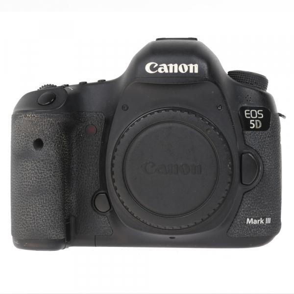 Canon EOS 5D Mark III body + Phottix Grip BG-5DIII (S.H.) 2