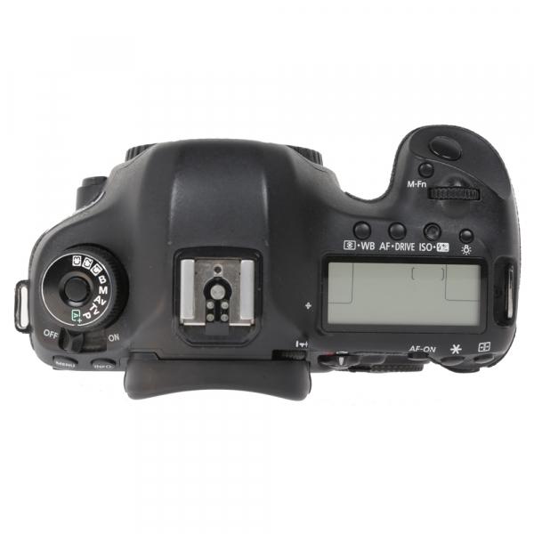 Canon EOS 5D Mark III body + Phottix Grip BG-5DIII (S.H.) 4