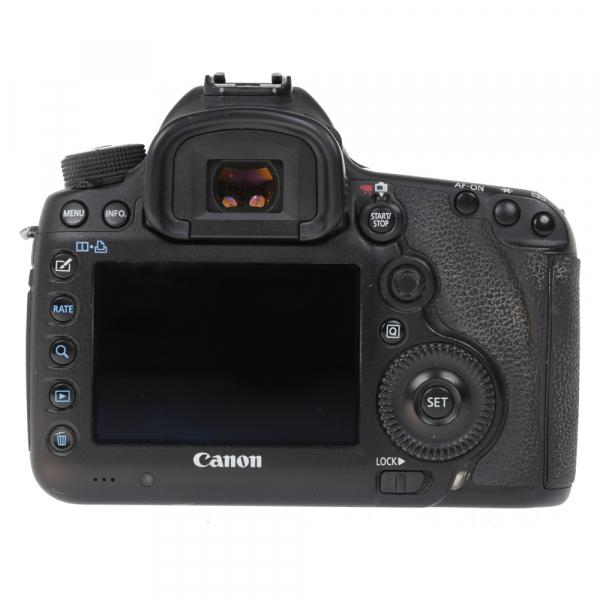 Canon EOS 5D Mark III body + Phottix Grip BG-5DIII (S.H.) 3