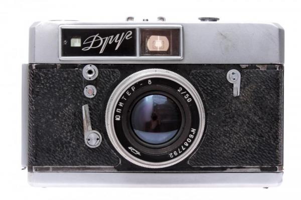 - Drug + Jupiter-8 50mm f/2 0