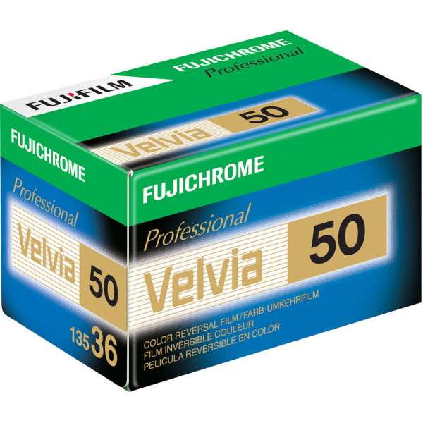 Fujifilm Fujichrome Professional Velvia 50/135 - diapozitiv color ingust ISO 50, 135mm, 36 pozitii [0]