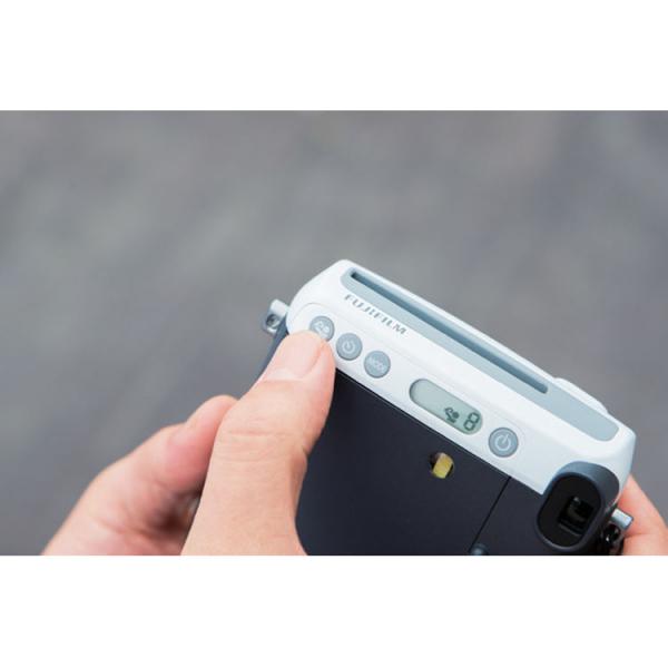 Fujifilm Instax Mini 70 - Aparat Foto Instant alb (Moon White) 2