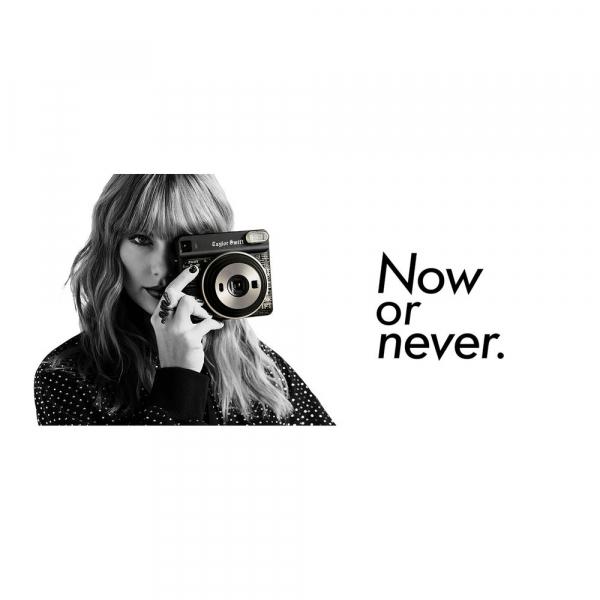 Fujifilm instax SQUARE Taylor Swift Edition -Instant Film Rama neagra (10 bucatii) 1
