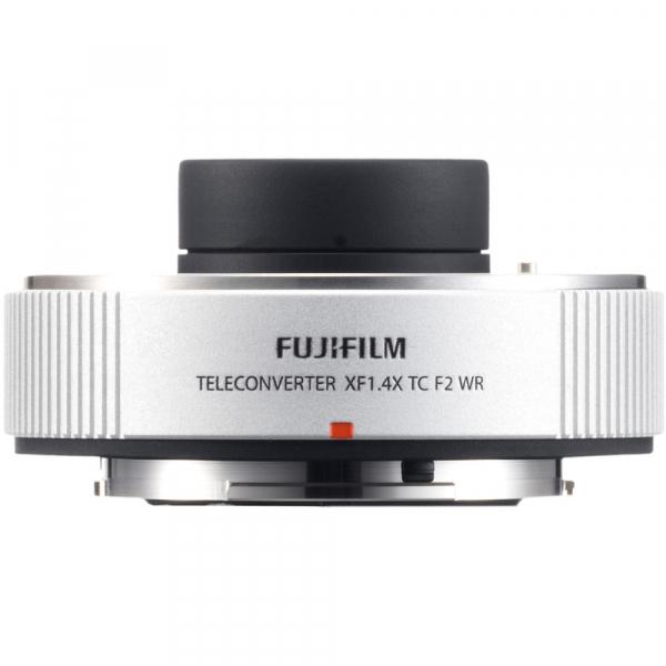 Fujifilm XF 200mm f/2 R LM OIS WR + teleconvertor XF 1.4x TC F2 WR 6