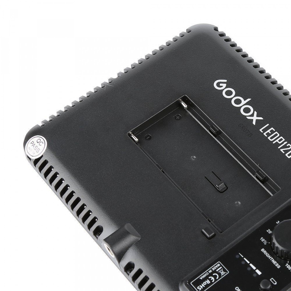 Godox LEDP120C - lampa video ultra slim [2]