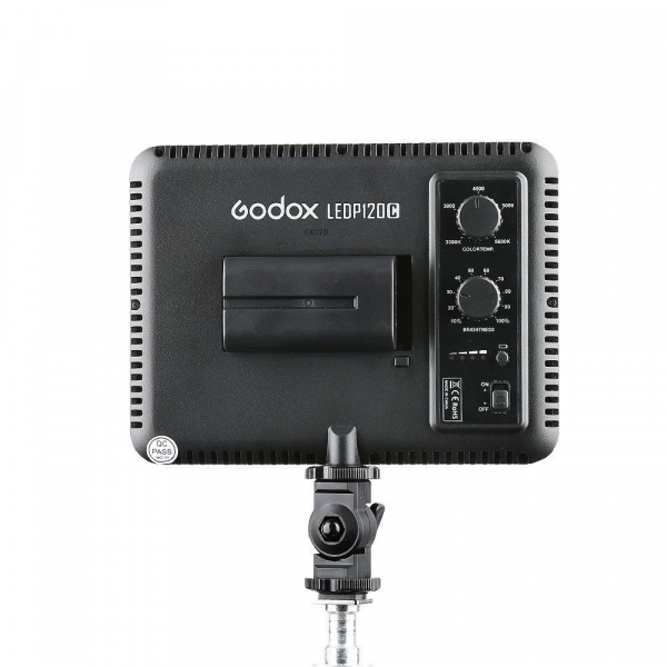 Godox LEDP120C - lampa video ultra slim [1]