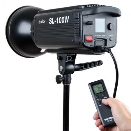 Godox SL-100W LED Video Light - montura Bowens , 5600K 3
