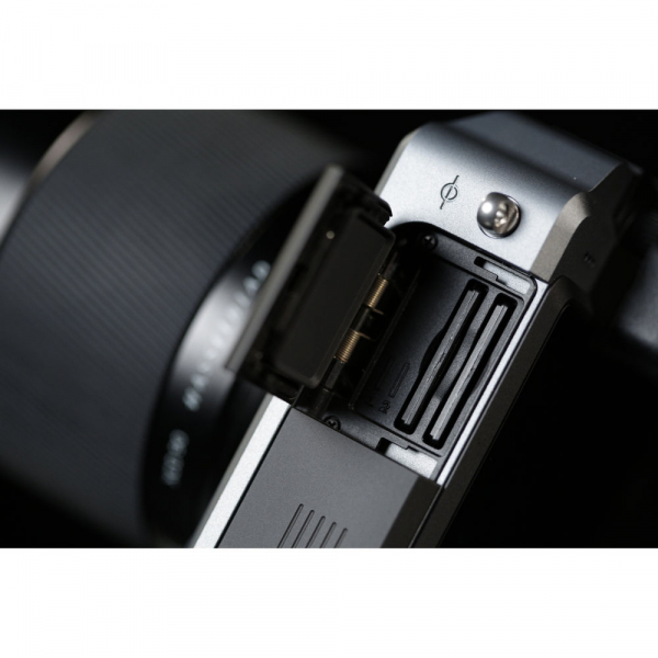 Hasselblad X1D-50c - mirrorless, format mediu body argintiu 5