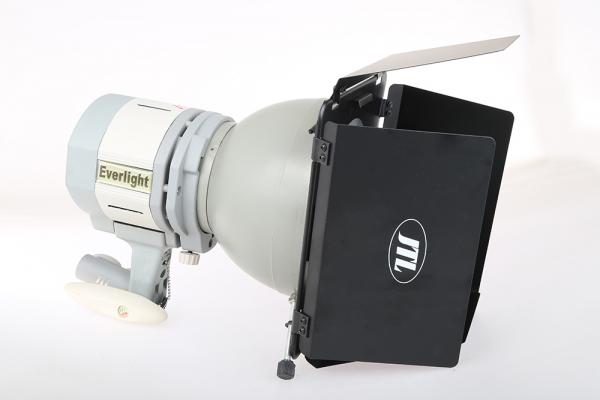 JTL Lumina continua Everlight 500Ws cu reflector si voleti 5