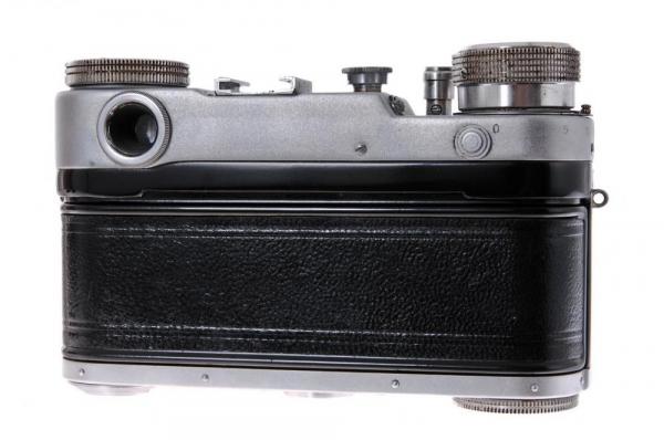 Leningrad + Jupiter-8 50mm f/2 3