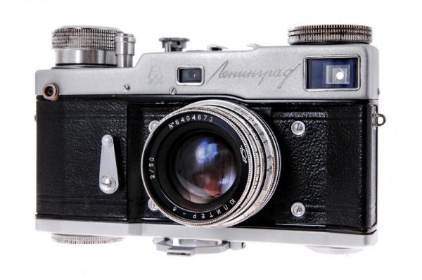 Leningrad + Jupiter-8 50mm f/2 0