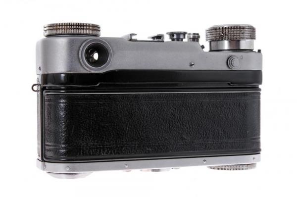 Leningrad + Jupiter-8 50mm f/2 4