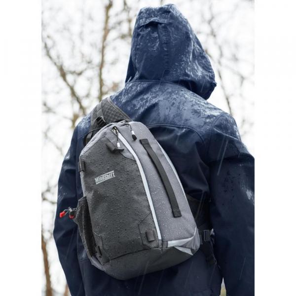 MindShiftGear PhotoCross 10 - Carbon Grey - rucsac cu o singura bretea 2