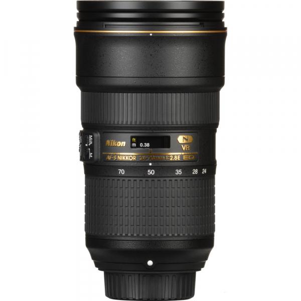 Nikon AF-S 24-70mm f/2.8E ED VR 3