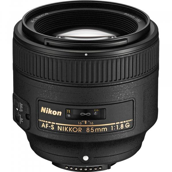 Nikon AF-S  85mm f/1.8G [0]