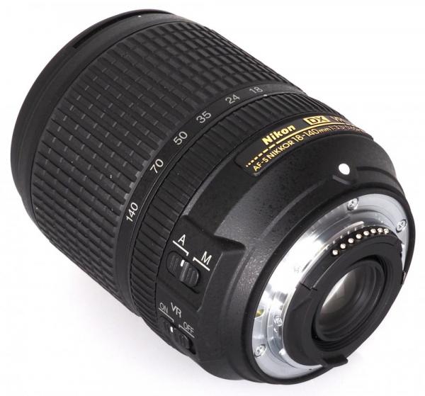 Nikon AF-S DX 18-140mm f/3.5–5.6G ED VR 1