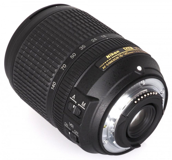Nikon AF-S DX 18-140mm f/3.5–5.6G ED VR (bulk) 1