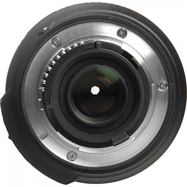 Nikon AF-S DX 18-200mm f/3.5-5.6G ED VR II 4