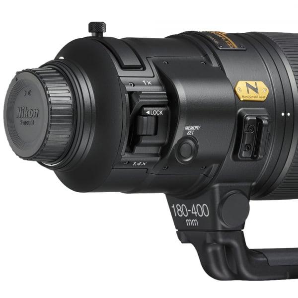 Nikon AF-S NIKKOR 180-400mm f/4E TC1.4 FL ED VR 4