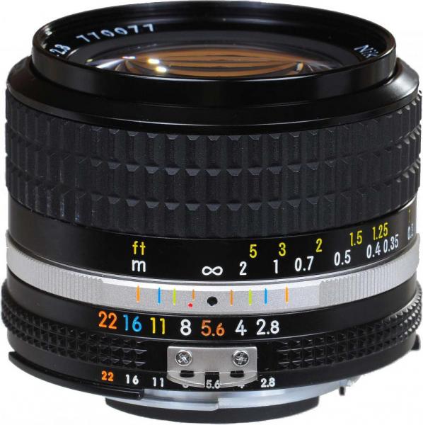 Nikon AI 24mm f/2.8 - Manual focus 0