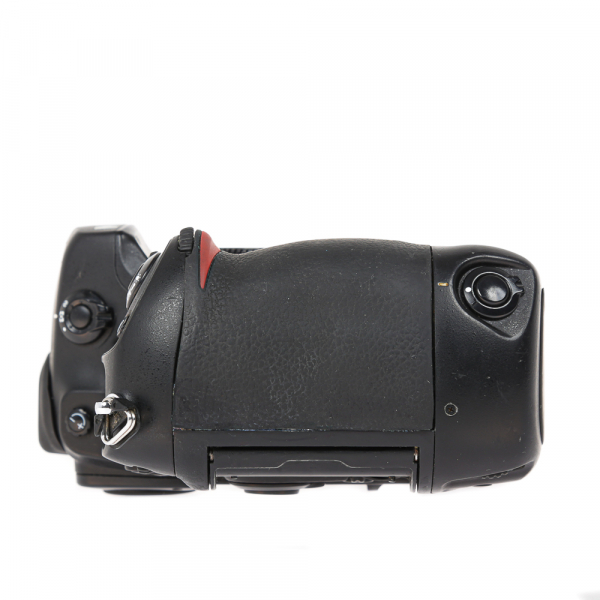 Nikon D2 H +  Nikon D2 X (S.H.) , PACHET 6