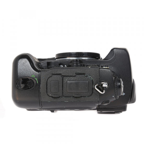 Nikon D2 H +  Nikon D2 X (S.H.) , PACHET 5