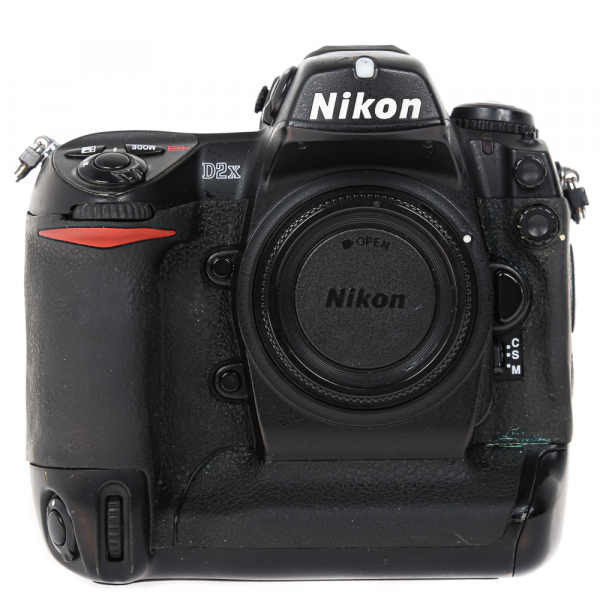 Nikon D2 H +  Nikon D2 X (S.H.) , PACHET 1