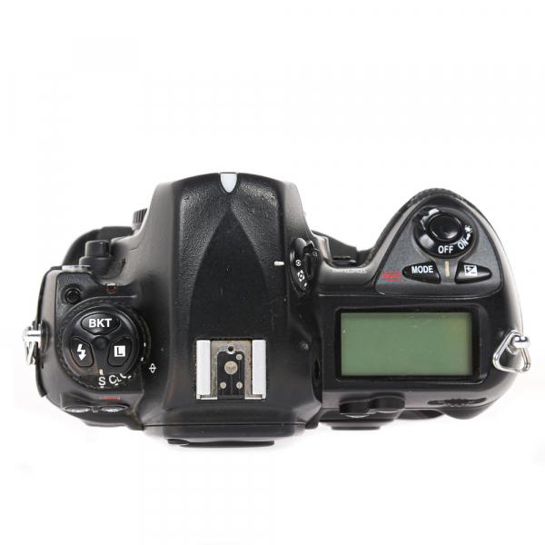 Nikon D2 H +  Nikon D2 X (S.H.) , PACHET 9