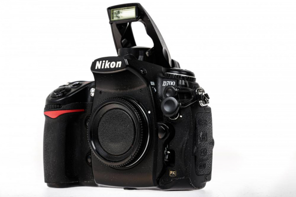 Nikon D700 body (Second Hand) 1