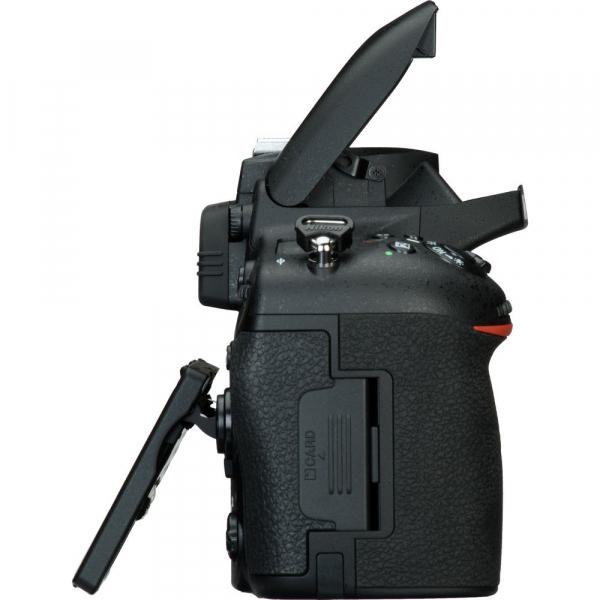 Nikon D750 body 6