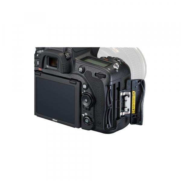 Nikon D750 body 8