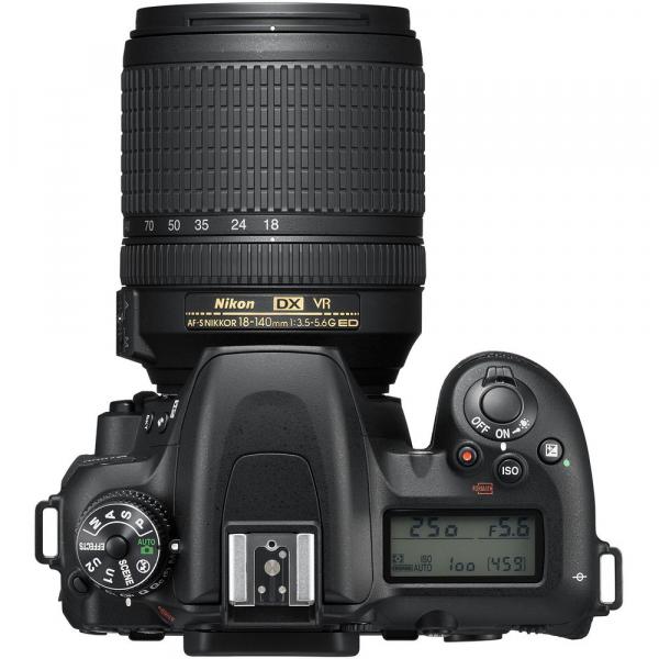 Nikon D7500 kit + Nikon 18-140mm VR 4