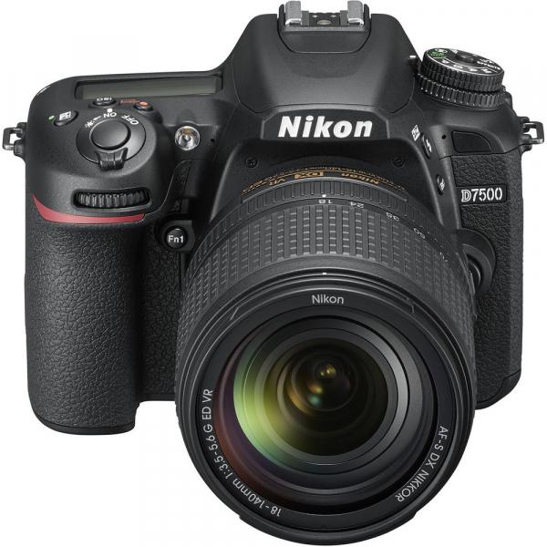 Nikon D7500 kit + Nikon 18-140mm VR 2