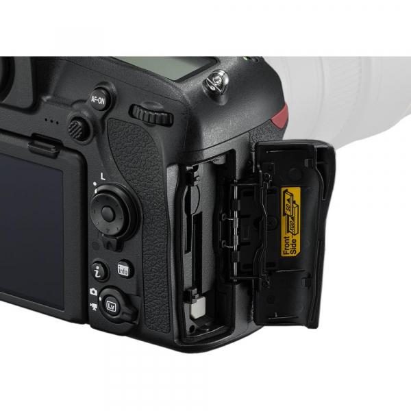 Nikon D850 body 4