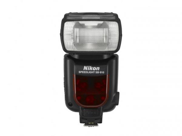 Nikon SB-910 (Inchiriere) 0