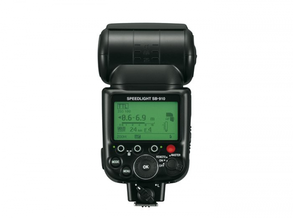 Nikon SB-910 (Inchiriere) 2