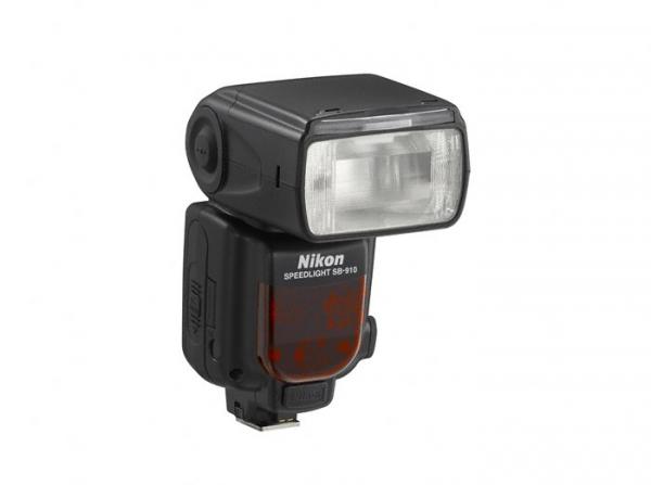 Nikon SB-910 (Inchiriere) 1