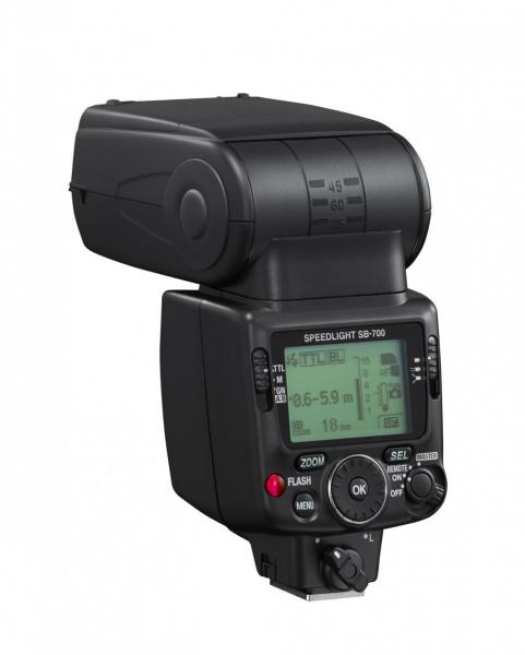 Nikon Speedlight SB-700 8