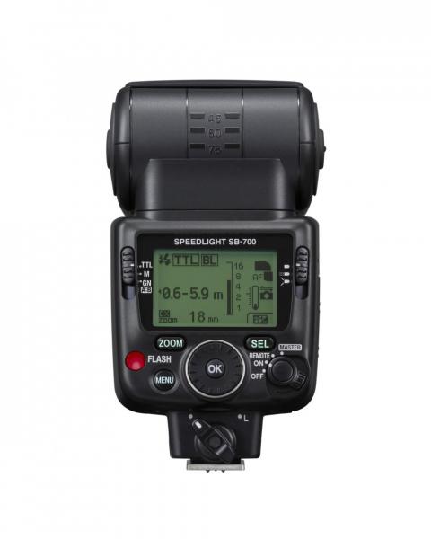 Nikon Speedlight SB-700 7