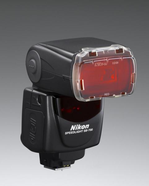 Nikon Speedlight SB-700 3