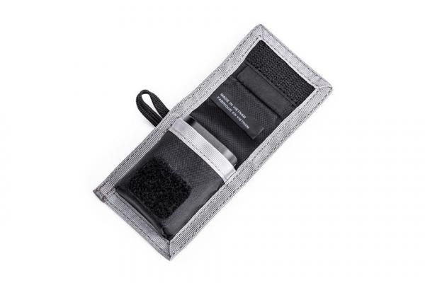 Think Tank CF/SD + Battery Wallet - Gri - Portofel carduri si baterie 4