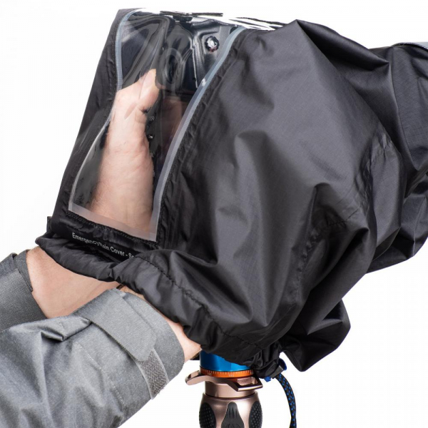 Think Tank Emergency Rain Cover - Medium 3