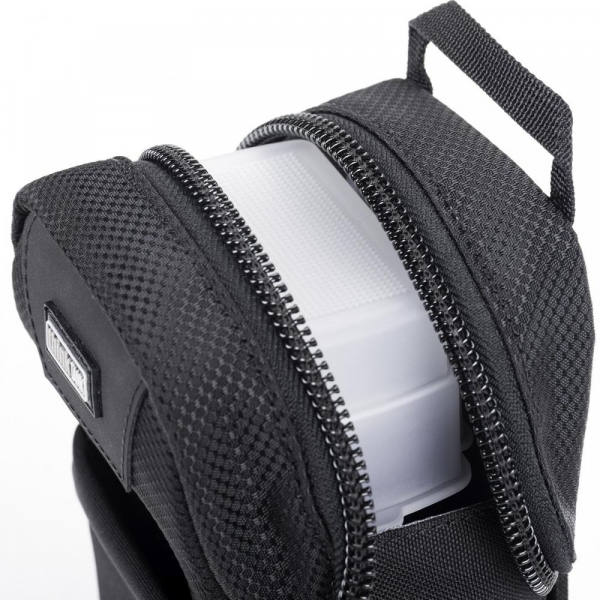 Think Tank Flash Mob V3.0 - Black - Husa protectie blitz-uri externe 8