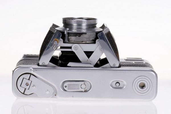 Voigtlander Vitessa L Ultron 50mm f/2.0 [3]