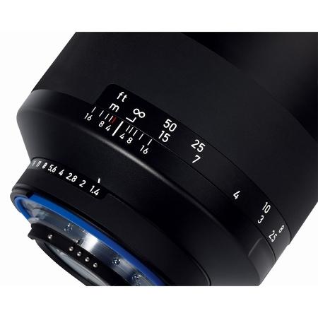 Zeiss Milvus 35mm f/2.0 ZF2 - pentru Nikon 3