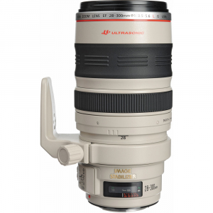 Canon EF 28-300mm f/3.5-5.6L IS USM0