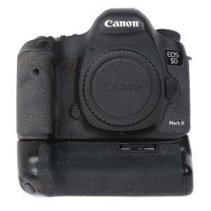 Canon EOS 5D Mark III body + Phottix Grip BG-5DIII (S.H.)0