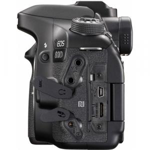 Canon EOS  80D Body6