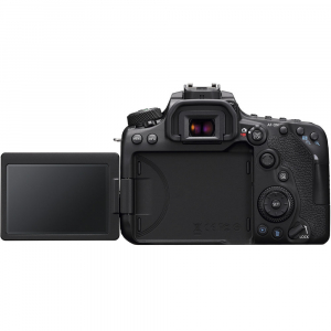 Canon EOS 90D kit + 18-135mm IS NANO USM5