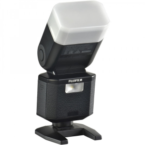 Fujifilm EF-X500 - blitz pentru Fujifilm X9